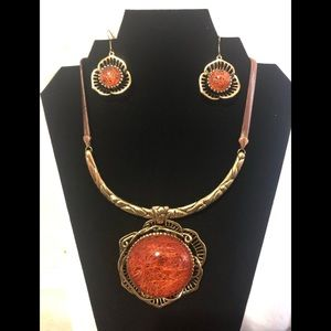 Jewelry - Gold Plated Medallion Necklace